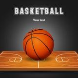 Шарик баскетбола с деревянной предпосылкой суда Стоковая Фотография