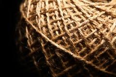 Шарик веревочки на черноте Стоковое Изображение RF