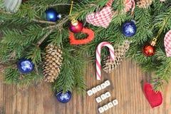 Шарик ели предпосылки рождества Стоковые Фотографии RF