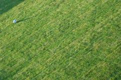 Шарик на лужайке Стоковое Изображение