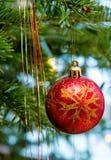 Шарик рождества с украшением Стоковое Изображение RF
