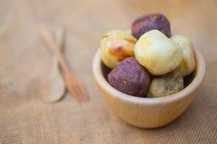 Шарик сладкого картофеля здравицы и шарик таро Стоковое фото RF
