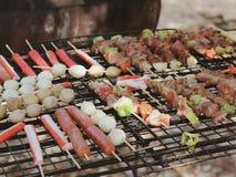 Шарик BBQ и мяса стоковое изображение rf