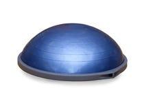 Шарик Bosu (современный шарик спортзала) стоковое изображение