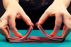 Шаркать играя карточки Стоковые Фото