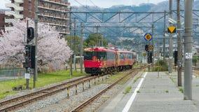 Шарм удачи Sightseeing невесты Hanayome Noren поезда Стоковые Фото