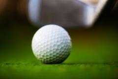 Шар для игры в гольф стоковые изображения rf