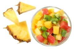 Шар здорового салата цитрусовых фруктов изолированного на белой предпосылке Взгляд сверху Стоковая Фотография RF