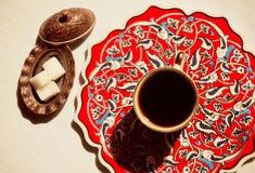 Шар кофе и сахара года сбора винограда на таблице стоковое изображение