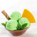 Шар мороженого фисташки Стоковое Изображение