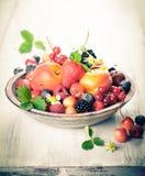Шар смешанных ягод стоковое фото rf
