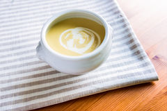 Шар супа сливк спаржи Стоковая Фотография