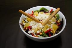Шар с салатом и сыром Стоковое Изображение
