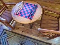 Шахматная доска на ложе стоковое изображение rf