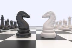 2 шахматной фигуры на доске бесплатная иллюстрация