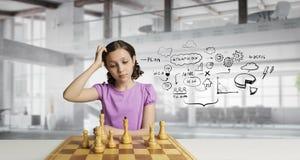 Шахматы для ухищренного разума Мультимедиа Стоковое фото RF