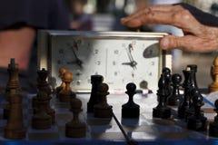 Шахмат играть время стоковое изображение rf