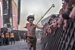 Шальной побежал под концертом музыки этапа Стоковое Изображение