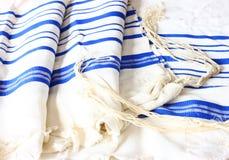 Шаль молитве - Tallit, еврейский религиозный символ Стоковое Изображение