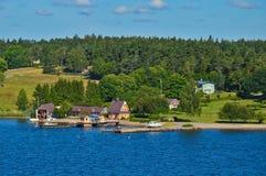Шведские поселения на островках архипелага Стокгольма в Балтийском море, Швеции Стоковые Изображения