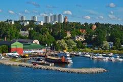 Шведские поселения на островках архипелага Стокгольма в Балтийском море, Швеции Стоковая Фотография