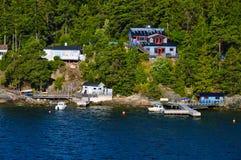 Шведские поселения на островках архипелага Стокгольма в Балтийском море, Швеции Стоковое Изображение