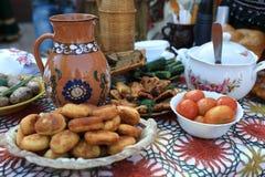 Шведский стол с блюдами Стоковое фото RF
