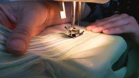 Швейная машина видеоматериал