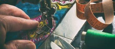 Швейная машина стоковое изображение