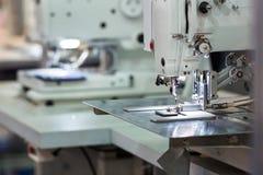 Швейные машины, никто, оборудование dressmaker стоковые изображения