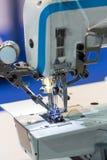 Швейные машины, никто, оборудование dressmaker стоковая фотография rf