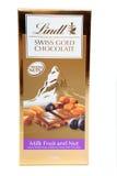 швейцарец гайки lindt золота плодоовощ шоколада Стоковые Изображения RF