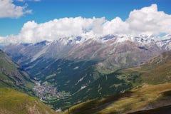 швейцарец горы ландшафта Стоковые Изображения