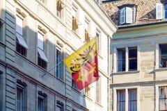 Швейцарец и город сигнализируют с гербом, Женевой, Швейцарией стоковое фото