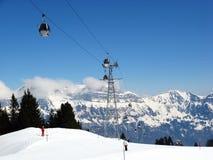 швейцарец alps катаясь на лыжах Стоковые Фотографии RF