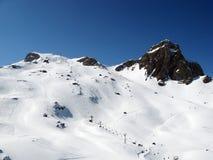швейцарец alps катаясь на лыжах Стоковые Фото