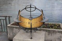 Швейцария; Женева; 8-ое марта 2018; Часы Солнця с Ла Женевы стоковые изображения