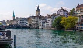 Швейцария zurich Река Limmat Стоковые Фото