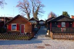 Швейцарская деревня мини коттеджей лета стоковые изображения