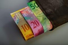 Швейцарские деноминации бумаги наличных денег - 10, 20, 50 франков I Стоковое фото RF