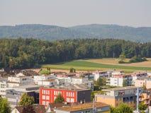 Швейцарские сельские ландшафты около Цюрих Город Neiderrohrdorf Швейцария стоковая фотография