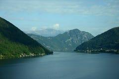 Швейцарский ландшафт альп Стоковые Изображения