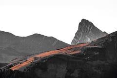 Швейцарский горный вид стоковые изображения rf