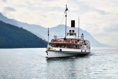 Швейцарский ретро распаровщик колеса на озере Люцерне Стоковые Фотографии RF