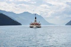 Швейцарский ретро распаровщик колеса на озере Люцерне Стоковая Фотография RF