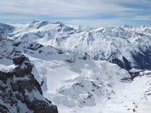 Швейцарский снег гор стоковые изображения rf