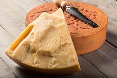 Швейцарский трудный сыр Стоковая Фотография RF