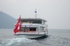 Швейцарцы сигнализируют на корабле Gotthard мотора пассажира стоковая фотография rf