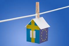Швеция, шведский язык и EC сигнализируют на бумажном доме Стоковые Изображения