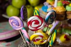 Шведский стол конфеты и таблица пустыни Стоковое Изображение RF